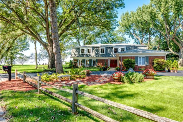 2727 Lake Bluff Terrace, St. Joseph, MI 49085 (MLS #18043259) :: JH Realty Partners
