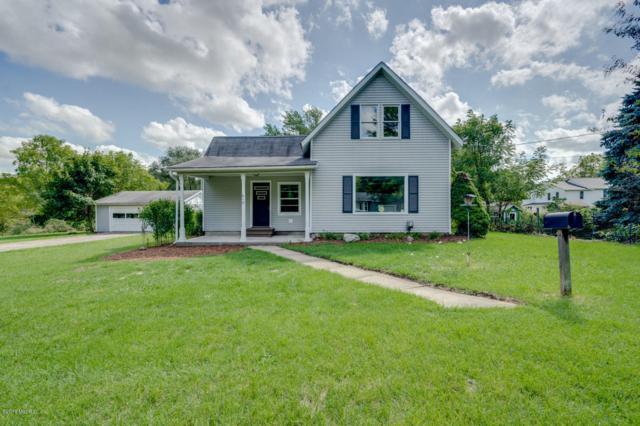 610 E Hanover Street, Marshall, MI 49068 (MLS #18043419) :: Carlson Realtors & Development