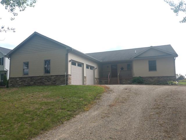 1065 Circle Drive, Lake Isabella, MI 48893 (MLS #18043948) :: JH Realty Partners