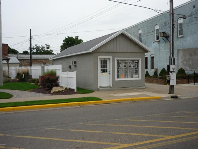 113 N Matteson Street, Bronson, MI 49028 (MLS #18044544) :: Deb Stevenson Group - Greenridge Realty