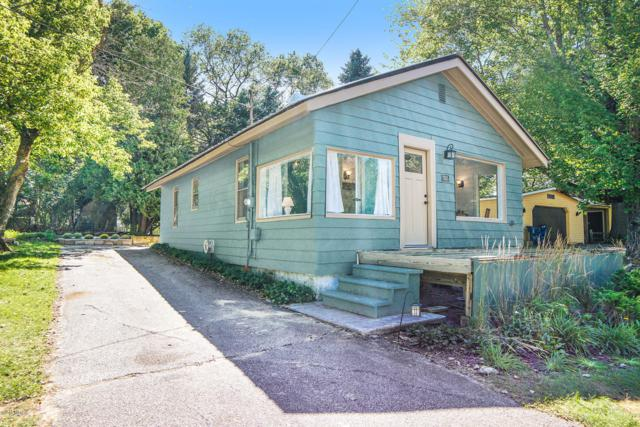 7035 W Illinois Street, Ludington, MI 49431 (MLS #18044549) :: JH Realty Partners