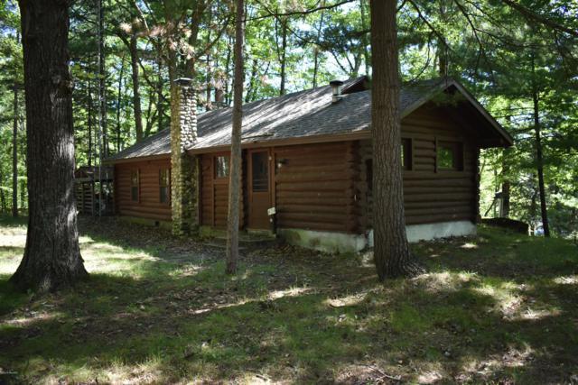 7235 E Ridge, Branch, MI 49402 (MLS #18044754) :: Deb Stevenson Group - Greenridge Realty