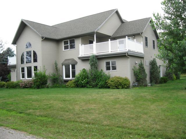 211 Bluff Avenue, Eastlake, MI 49626 (MLS #18045238) :: Deb Stevenson Group - Greenridge Realty
