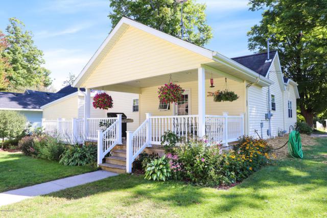 135 E Oak Street NE, Sand Lake, MI 49343 (MLS #18045427) :: Deb Stevenson Group - Greenridge Realty