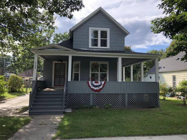 717 N Rowe Street, Ludington, MI 49431 (MLS #18045475) :: Carlson Realtors & Development