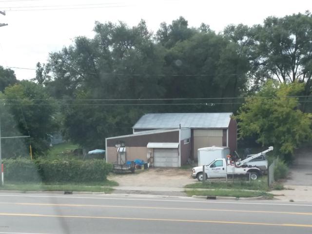 1644 4 Mile Road NE, Grand Rapids, MI 49525 (MLS #18045515) :: JH Realty Partners