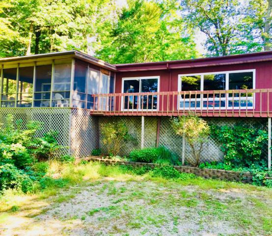 12643 Hillside Drive, Sawyer, MI 49125 (MLS #18045539) :: JH Realty Partners