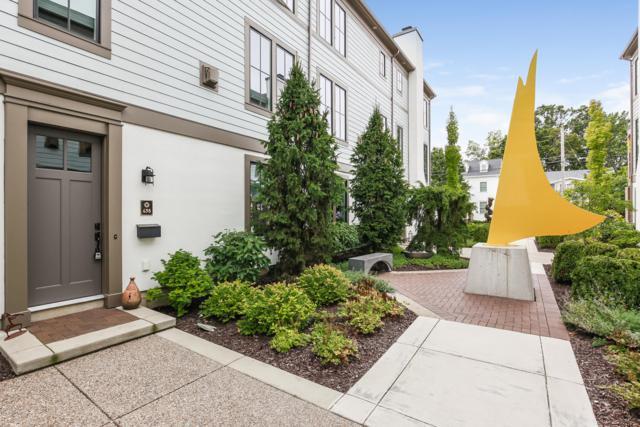698 Croswell Avenue SE #8, East Grand Rapids, MI 49506 (MLS #18045591) :: Carlson Realtors & Development