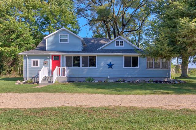 1702 68th Street, Fennville, MI 49408 (MLS #18045842) :: Carlson Realtors & Development