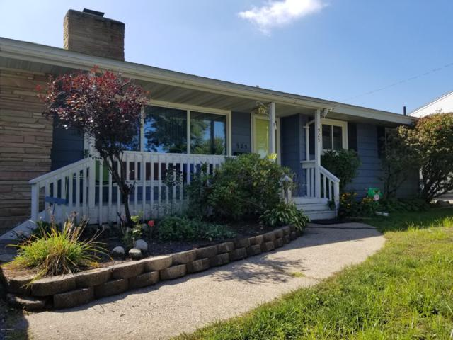 925 Sherwood Road, Muskegon, MI 49441 (MLS #18046010) :: Carlson Realtors & Development