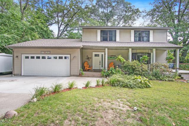 15780 Ridge Lane, Spring Lake, MI 49456 (MLS #18046014) :: JH Realty Partners