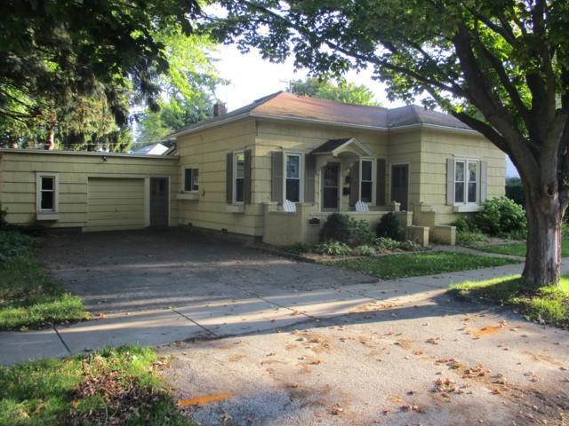 806 W Pere Marquette Street, Ludington, MI 49431 (MLS #18046072) :: Carlson Realtors & Development