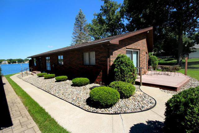 23976 S South Shore Drive, Edwardsburg, MI 49112 (MLS #18046078) :: Carlson Realtors & Development