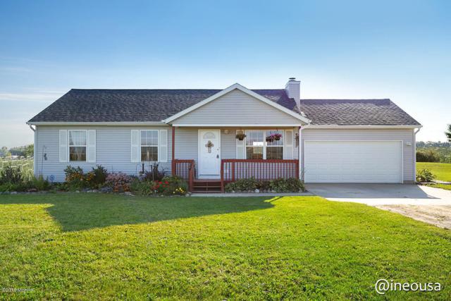 12258 Ferris Avenue, Grant, MI 49327 (MLS #18046264) :: Deb Stevenson Group - Greenridge Realty