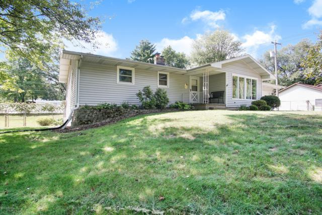 19080 Glendale Circle, Spring Lake, MI 49456 (MLS #18046295) :: JH Realty Partners