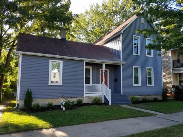 1345 Broadway Avenue NW, Grand Rapids, MI 49504 (MLS #18046306) :: Carlson Realtors & Development