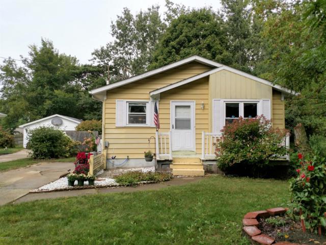 3001 Tuell Street NW, Grand Rapids, MI 49504 (MLS #18046309) :: Carlson Realtors & Development
