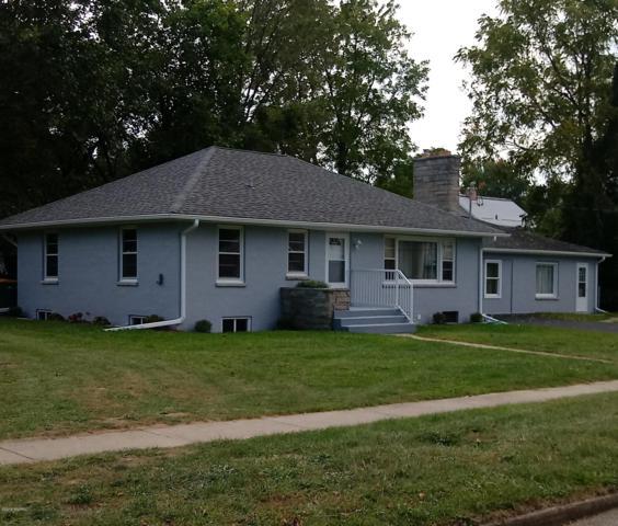 414 Cliff Street, Battle Creek, MI 49014 (MLS #18046445) :: JH Realty Partners