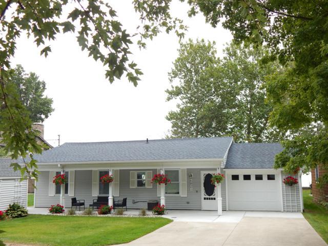 6821 Paradise Park, Saranac, MI 48881 (MLS #18046449) :: JH Realty Partners