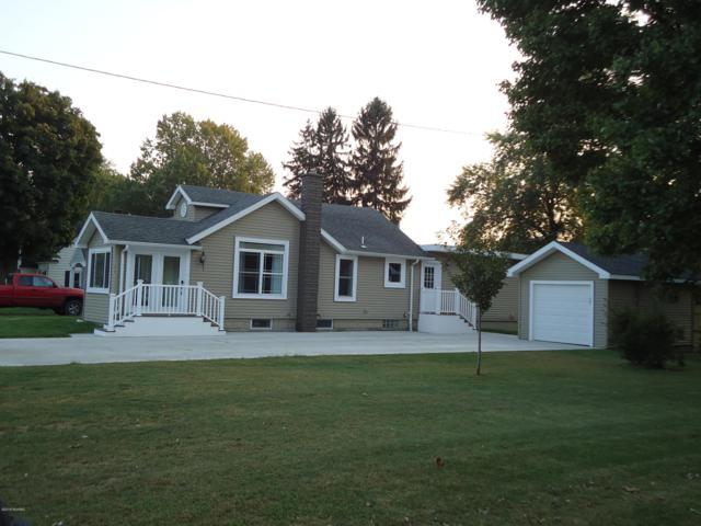 1020 N Nottawa Street, Sturgis, MI 49091 (MLS #18046635) :: Carlson Realtors & Development