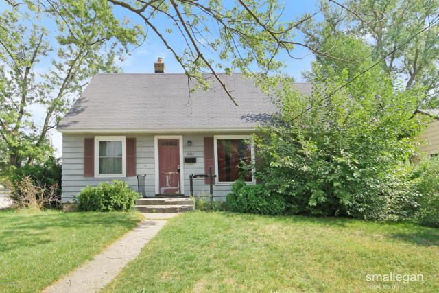 3204 Birchwood Avenue SW, Grand Rapids, MI 49548 (MLS #18046813) :: JH Realty Partners
