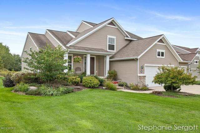9905 Sunset Ridge Drive NE, Rockford, MI 49341 (MLS #18046886) :: Deb Stevenson Group - Greenridge Realty