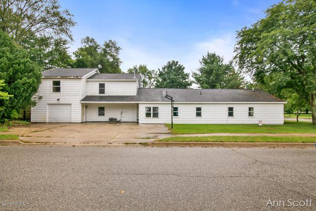 415 Grand Rapid Street, Middleville, MI 49333 (MLS #18046913) :: Carlson Realtors & Development