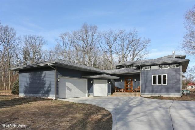 16670 Lakeshore Road, Union Pier, MI 49129 (MLS #18046956) :: JH Realty Partners