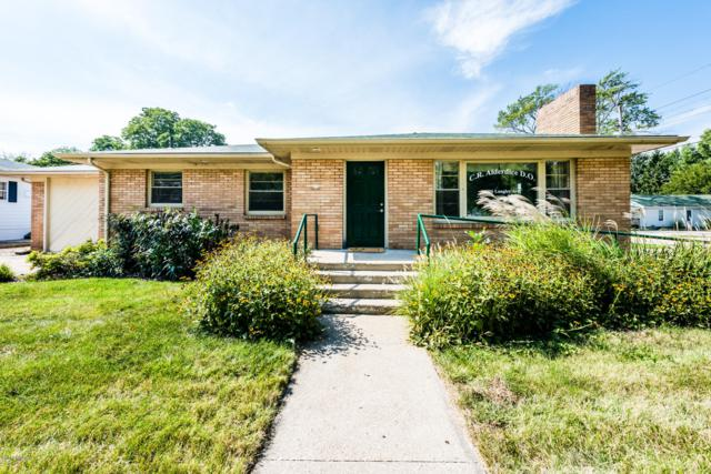 1906 Langley Avenue, St. Joseph, MI 49085 (MLS #18046983) :: JH Realty Partners