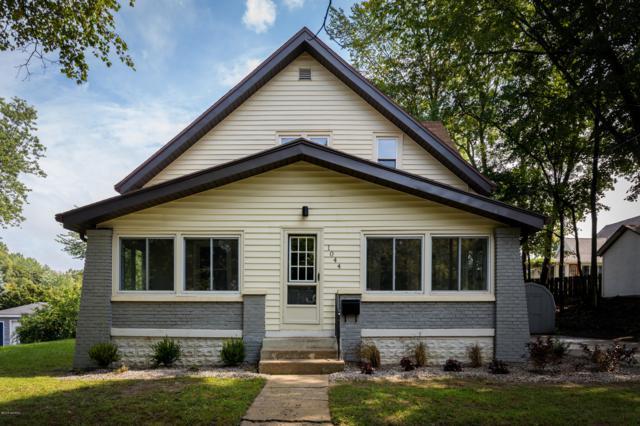1044 Houseman Avenue NE, Grand Rapids, MI 49503 (MLS #18047000) :: JH Realty Partners