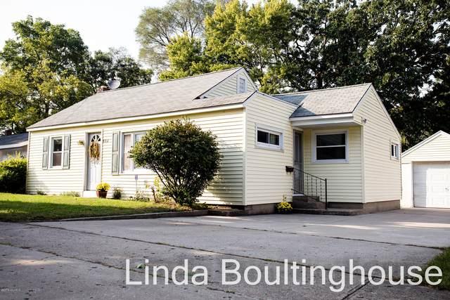806 Pearl Street, Greenville, MI 48838 (MLS #18047027) :: Carlson Realtors & Development
