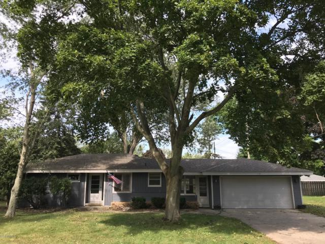 815 W 24th Street, Holland, MI 49423 (MLS #18047033) :: JH Realty Partners