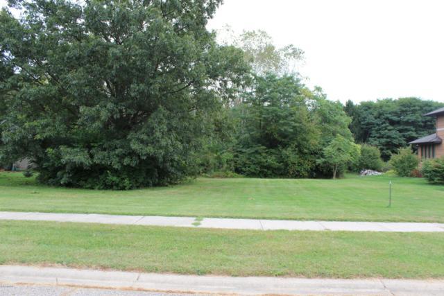 1597 Carolyn Drive, Benton Harbor, MI 49022 (MLS #18047064) :: Carlson Realtors & Development