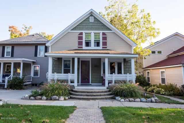 205 Clinton Street, Grand Haven, MI 49417 (MLS #18047272) :: JH Realty Partners