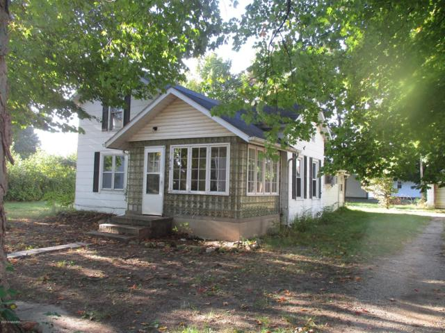 418 Romine Street, Colon, MI 49040 (MLS #18047295) :: Deb Stevenson Group - Greenridge Realty