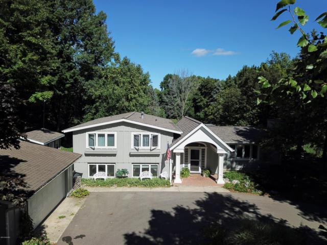 705 E Oak, Fremont, MI 49412 (MLS #18047367) :: Deb Stevenson Group - Greenridge Realty