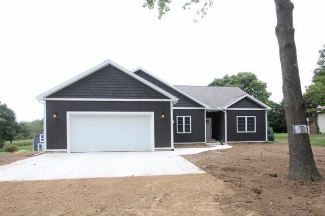 2043 108th Avenue, Otsego, MI 49078 (MLS #18047653) :: Deb Stevenson Group - Greenridge Realty