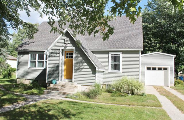 824 S Griswold Street, Hart, MI 49420 (MLS #18047909) :: Deb Stevenson Group - Greenridge Realty