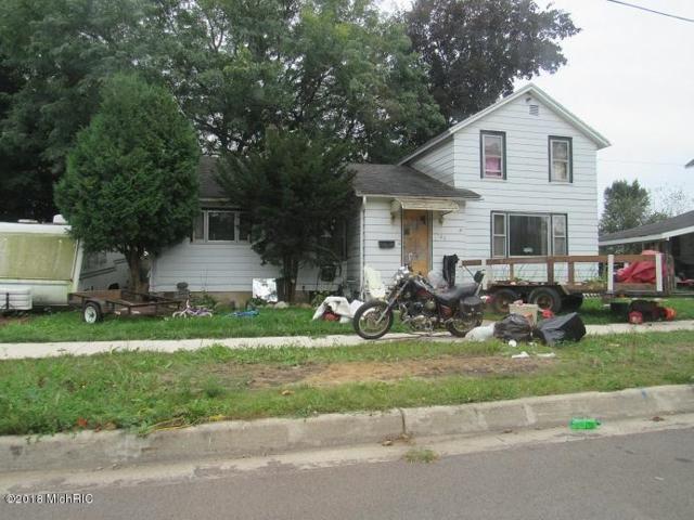 123 E Jefferson Street, Quincy, MI 49082 (MLS #18048072) :: Deb Stevenson Group - Greenridge Realty