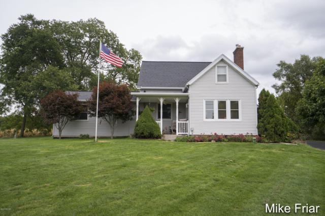4616 Fruit Ridge Avenue NW, Grand Rapids, MI 49544 (MLS #18048587) :: Deb Stevenson Group - Greenridge Realty