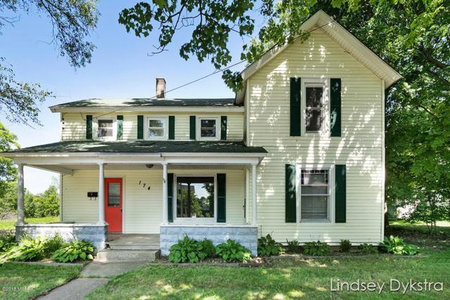 174 N Monroe, Rockford, MI 49341 (MLS #18048771) :: Deb Stevenson Group - Greenridge Realty