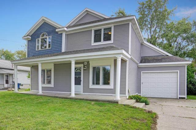 5065 Main Street, Onekama, MI 49675 (MLS #18048996) :: Deb Stevenson Group - Greenridge Realty