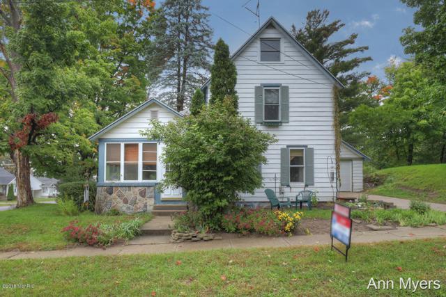 61 E Church Street NE, Cedar Springs, MI 49319 (MLS #18049072) :: Deb Stevenson Group - Greenridge Realty
