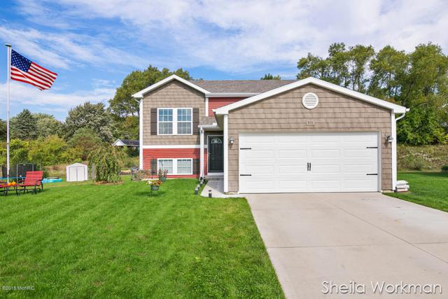 924 Green Meadow Drive, Middleville, MI 49333 (MLS #18049157) :: Carlson Realtors & Development