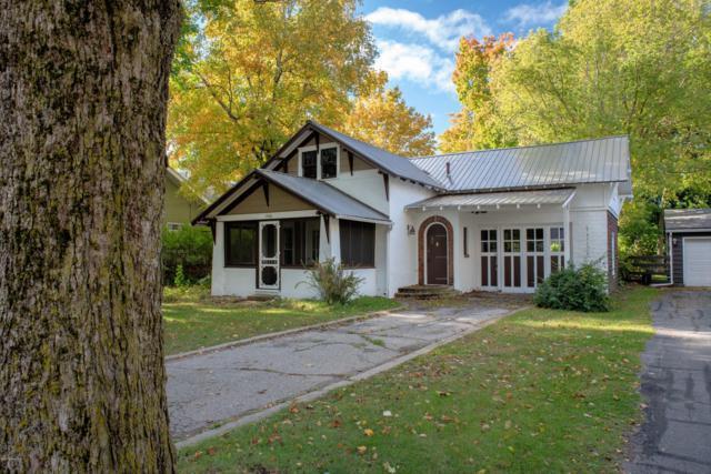 726 Lincoln Avenue, Lakeview, MI 48850 (MLS #18049257) :: Deb Stevenson Group - Greenridge Realty