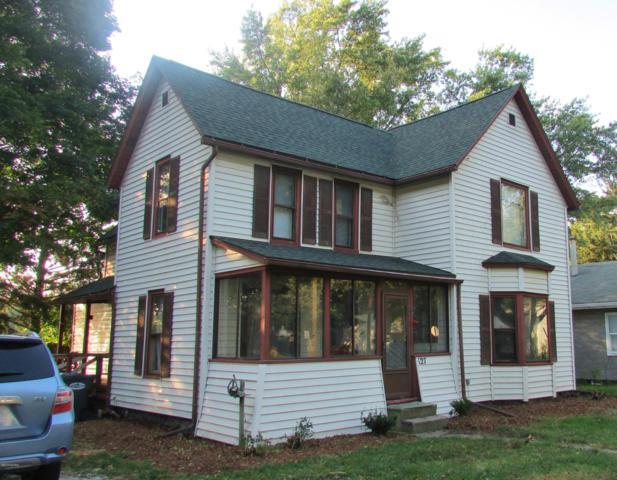127 N Pleasant Street, Watervliet, MI 49098 (MLS #18049364) :: Carlson Realtors & Development