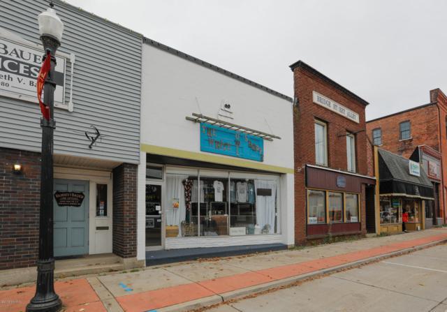 126 E Bridge Street, Plainwell, MI 49080 (MLS #18049413) :: Matt Mulder Home Selling Team