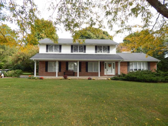 900 Independence Avenue, Sturgis, MI 49091 (MLS #18049440) :: Deb Stevenson Group - Greenridge Realty