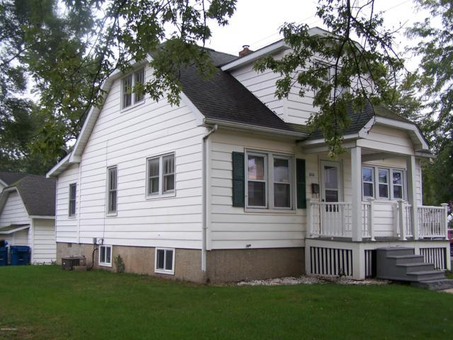 315 Union Street, Bronson, MI 49028 (MLS #18049594) :: Deb Stevenson Group - Greenridge Realty