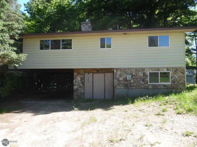 769 Hillcrest Drive, Boon, MI 49618 (MLS #18049752) :: Matt Mulder Home Selling Team